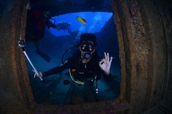 becoming a diver