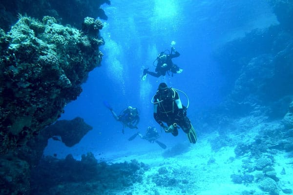 diving underwater sea float